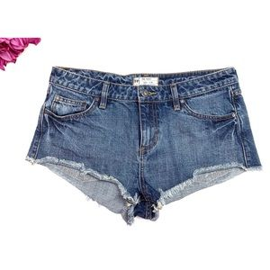 FREE PEOPLE Med Wash Cut Off Jean Short Shorts 28